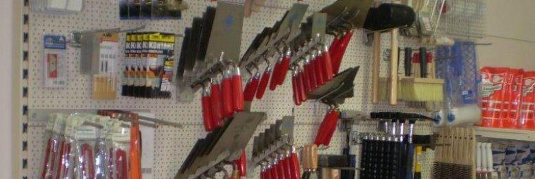 Werkzeug und Hilfsmittel für den Bau